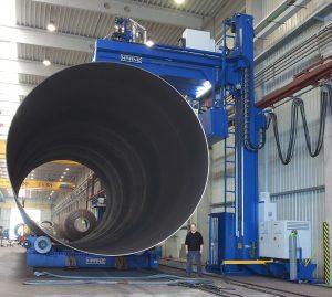 Customized platform for welding of pressure vessles