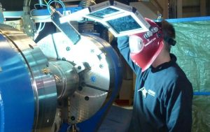 Lathe type positioner for GMAW and GTAW welding